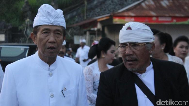 Gubernur Bali: Turis Jangan Dekat-dekat Gunung Agung Dulu