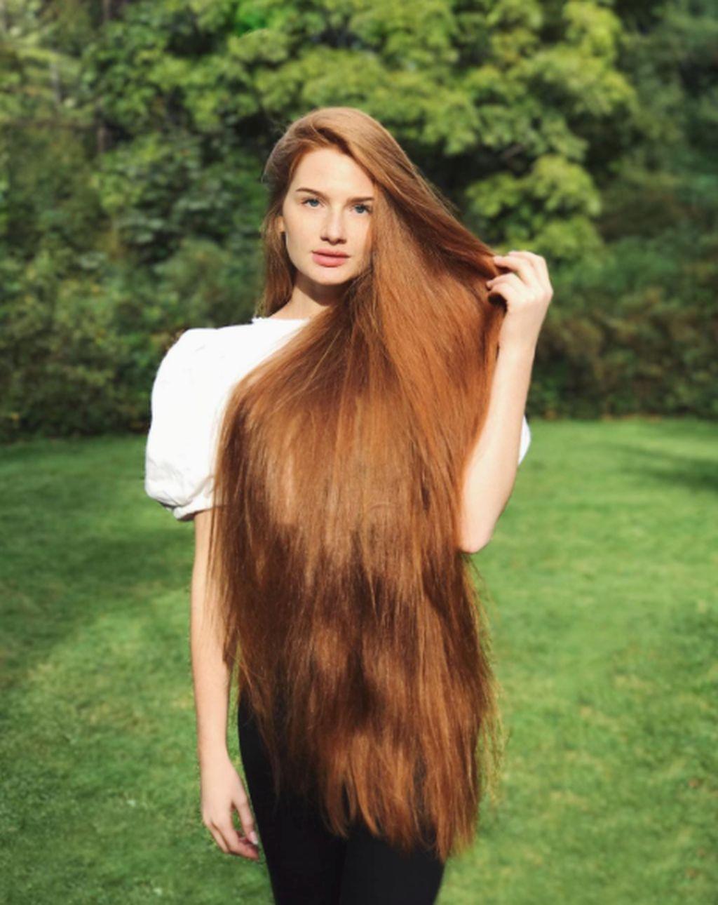 Namanya Anastasia Sidorov, gadis usia 23 tahun asal Rusia. Foto: Instagram