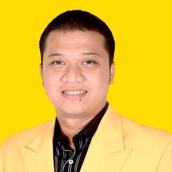 Daniel Mutaqien.