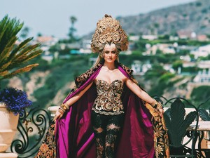 Penampilan Agnez Mo di Video Long As I Get Paid dapat Pujian dari Vogue