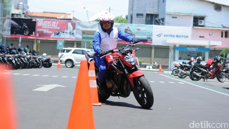 Mekanik Honda Asal Semarang Siap Wakili Indonesia pada Kompetisi Safety Riding di Jepang Foto: Angling Adhitya Purbaya