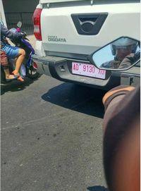 Mobil Esemka Jalan-jalan di Solo