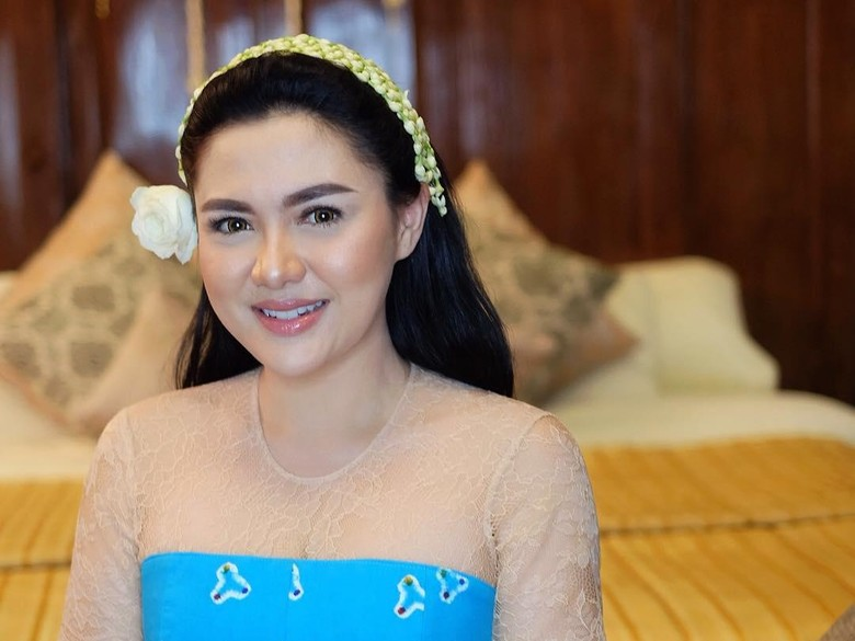 Dapat Undangan Pernikahan Kahiyang-Bobby, Vicky Shu: Insya Allah Hadir!