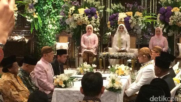 Pernikahan putra Zulkifli Hasan
