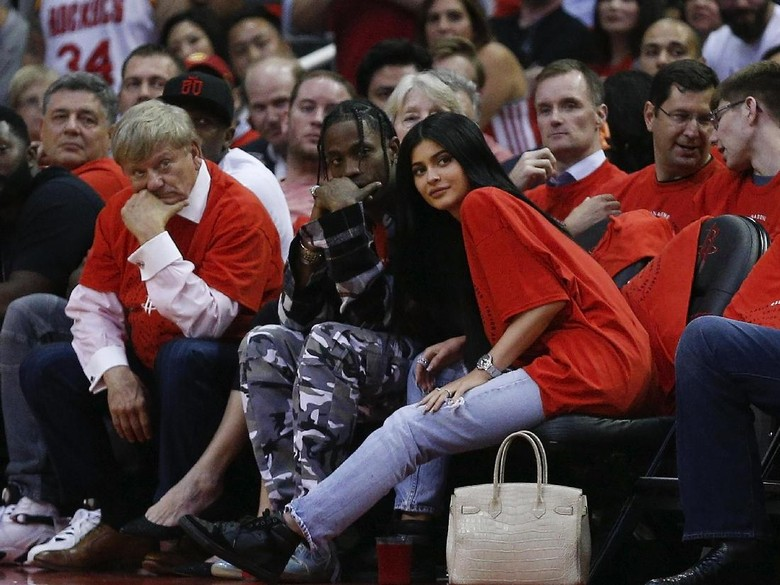 Perjalanan Cinta Kylie Jenner dan Travis Scott hingga Dikaruniai Anak