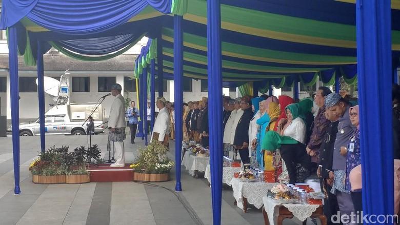 Ridwan Kamil Geram Lihat PNS Ngobrol Saat Upacara HUT Bandung