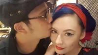 Derby dan Claudia tak segan memperlihatkan kemesraannya lewat foto-foto di instagram. (Dok. Instagram/miss_adinda_mae)