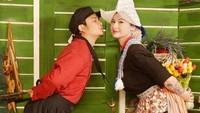Namun, belum ada tanggal pasti kapan mereka akan melangsungkan pernikahan. (Dok. Instagram/miss_adinda_mae)