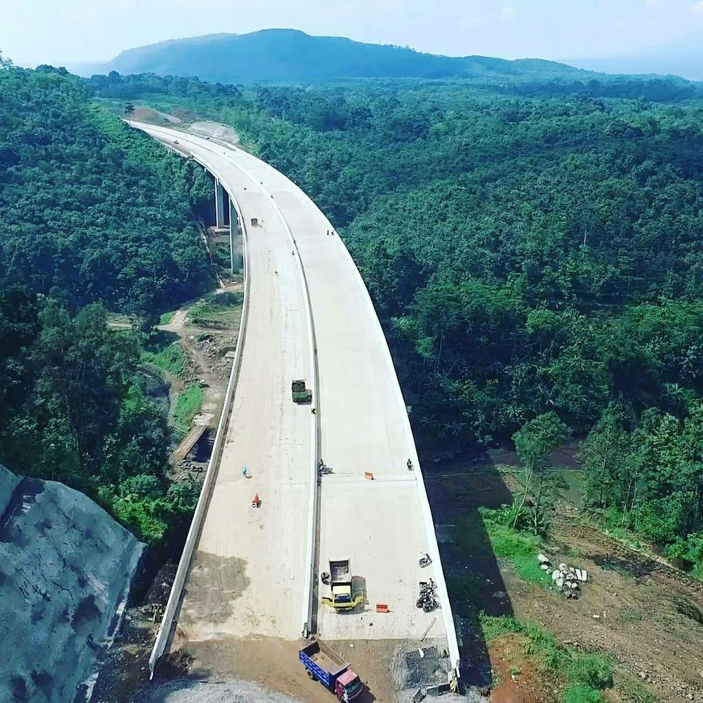 Siap-siap, Selasa Depan Tarif Tol Semarang-Bawen Berubah
