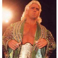 Sempat koma, akhirnya Ric Flair memutuskan untuk berhenti mengonsumsi alkohol.
