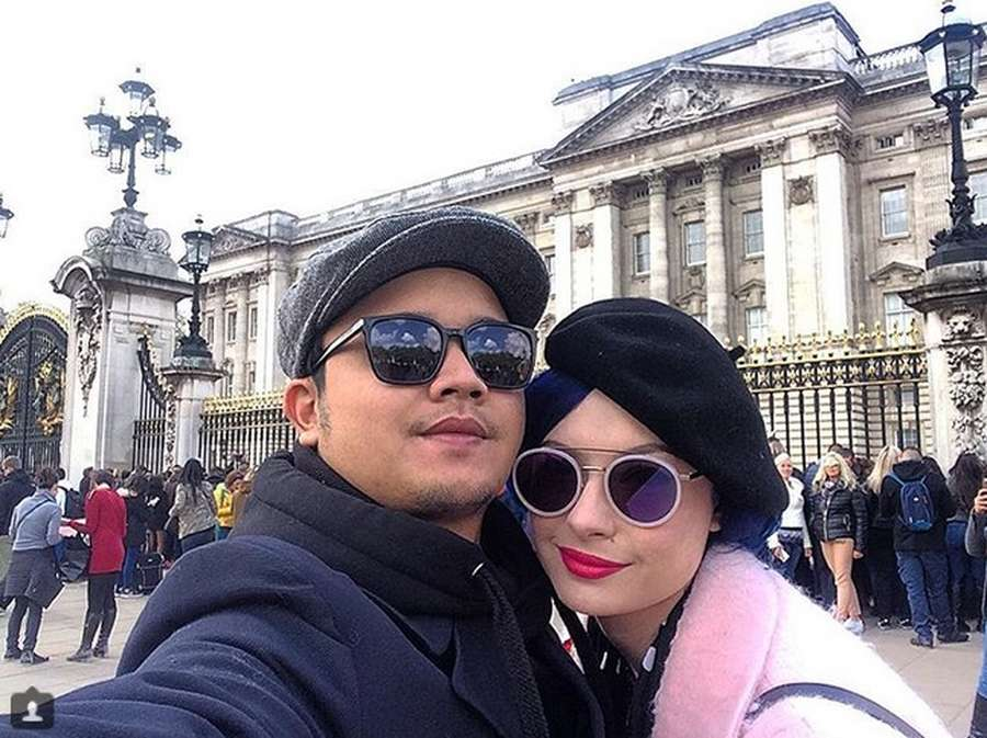 Sebentar lagi Menikah, Ini Kemesraan Derby Romero dan Claudia Adinda