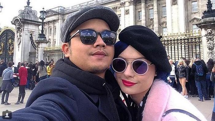 Claudia Adinda dan Derby Romero dari instagram.