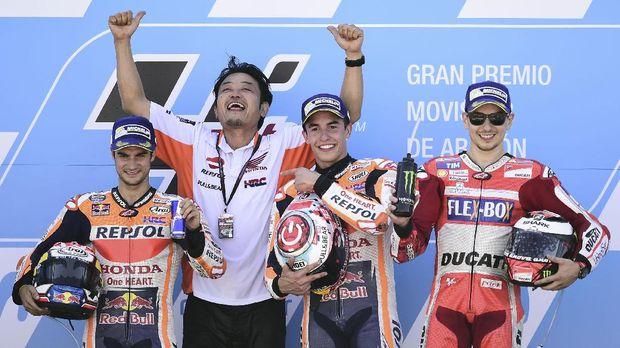Dani Pedrosa tidak akan memberi masukan untuk Jorge Lorenzo di Repsol Honda.