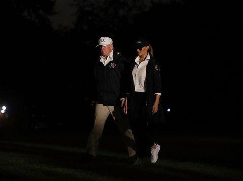 Melania Trump tiba di Gedung Putih sepulang dari Corpus Christi, Texas.