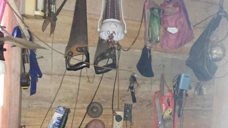 Geledah Rumah Pelaku Penganiayaan, Polisi Temukan Pabrik Senjata