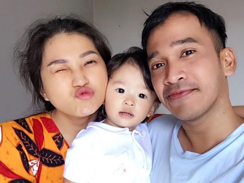 Sarwendah Dihina karena Selfie dengan iPhone X, Ruben Onsu Geram