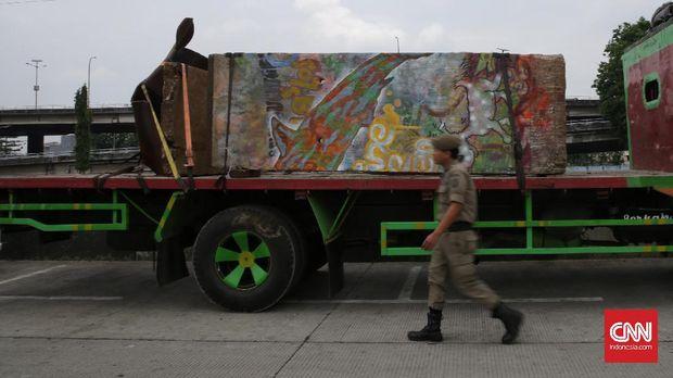 Potongan Tembok Berlin dan Citra Kalijodo Djarot