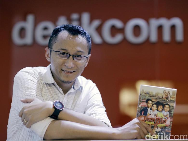 Ending Novel Jomblo Reboot Beda dengan Versi Film?