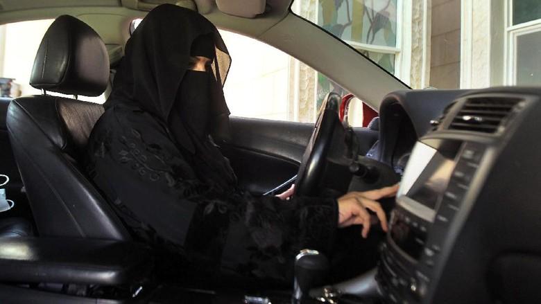 Trump Puji Keputusan Arab Saudi Izinkan Wanita Mengemudi