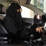 Sopir Taksi Online Wanita di Arab Saudi Bisa Tolak Penumpang Pria