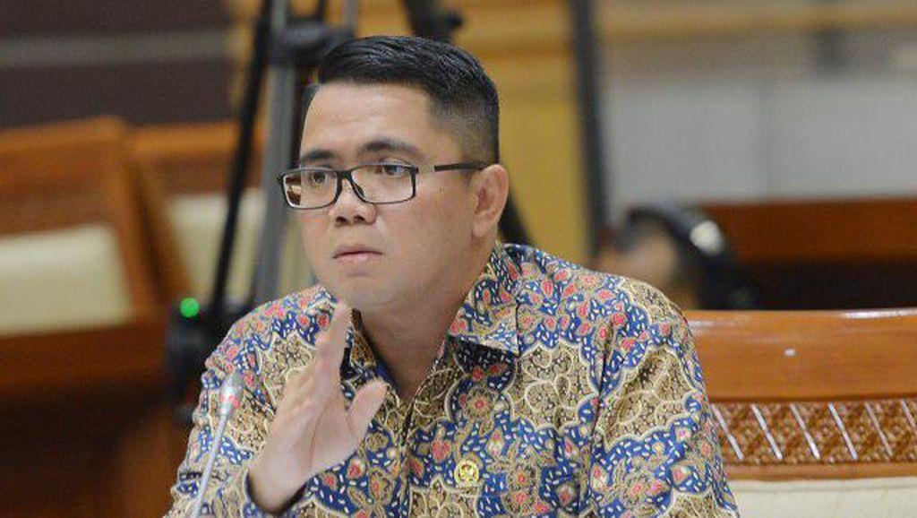 Arteria Dahlan, Anggota DPR Yang Terhormat yang Maki Kemenag