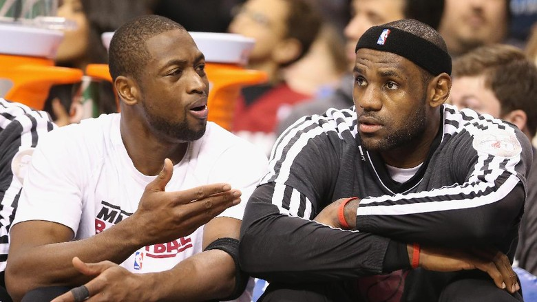 Dwyane Wade Akan Reuni dengan LeBron James di Cavs?