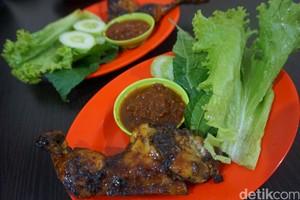 Balibul: Sedap! Ayam Bakar Dicocol Sambal dan Petai Goreng