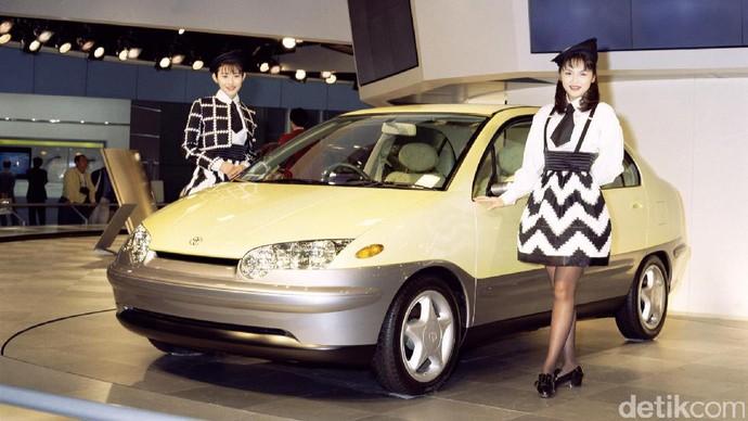 Foto: Evolusi Mobil Hybrid Toyota Prius dalam 20 Tahun