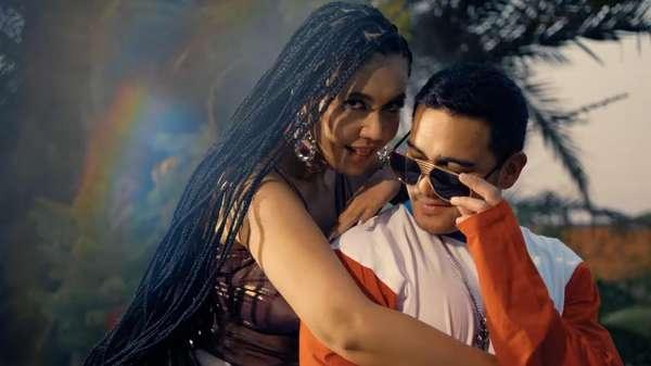 Ini Goyangan Denada yang Disebut Vulgar di Video Klip De Nada