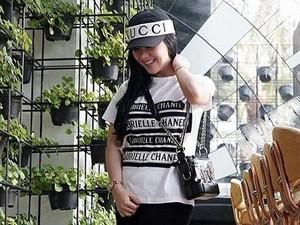 Syahrini Ber-Outfit Rp 10 M di Bareskrim, Netizen: Kasihan Rp 10 M Gitu Doang