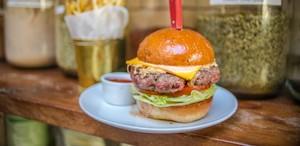 Ini 8 Tempat Menikmati Burger Halal di London