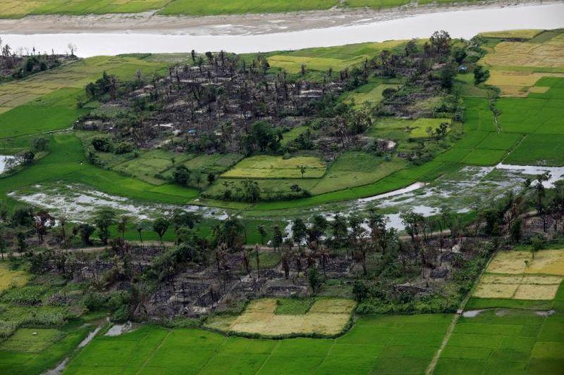 Inilah sebagian area perkampungan Rohingya yang berada wilayah Maungdaw, sebelah utara Rakhine State, Myanmar (Soe Zeya Tun/Reuters)