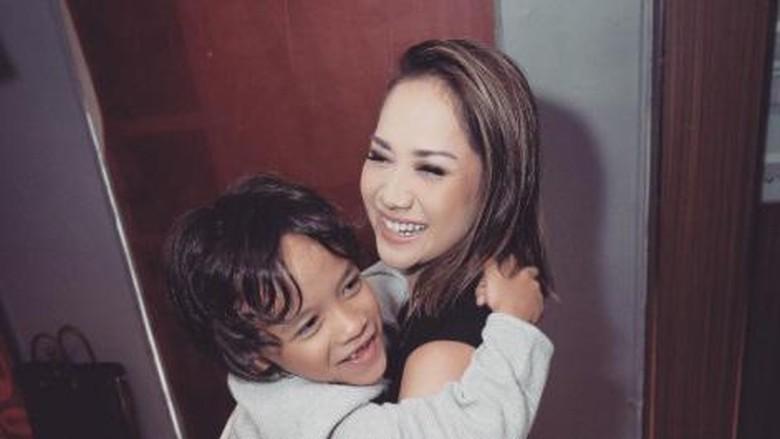 Menggemaskan, Duet BCL Bareng Si Kecil Noah yang Curi Perhatian/ Foto: Instagram