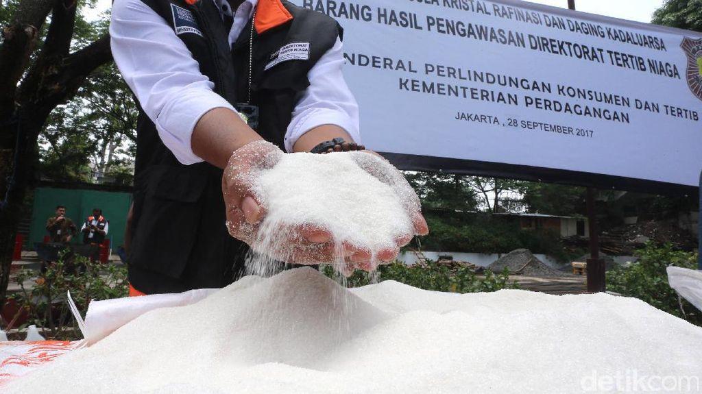 Ombudsman: Kita Temukan Gula Impor Banyak Rembes ke Pasar