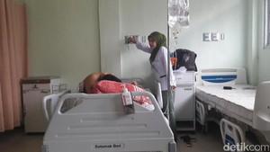 Ayu Agustin, Penderita Kanker Payudara Masih Dirawat di RSUD Ciawi
