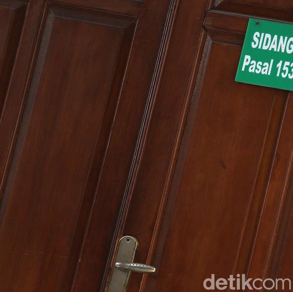 Ribut Bertetangga, Jaksa KPK Gugat Tetangganya Rp 2,6 Miliar