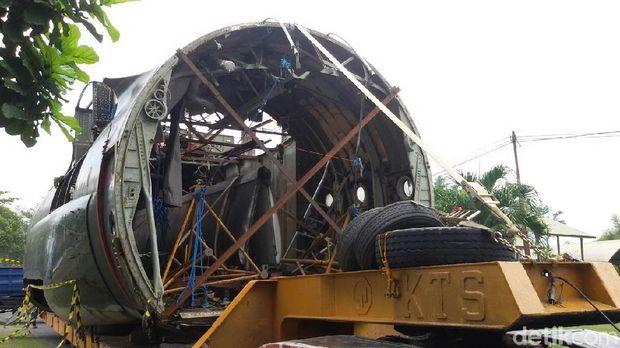 Pesawat Hercules tiba di Yogyakarta