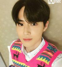 3 Trik dapat Foto Selfie Terbaik dari Suho 'EXO'