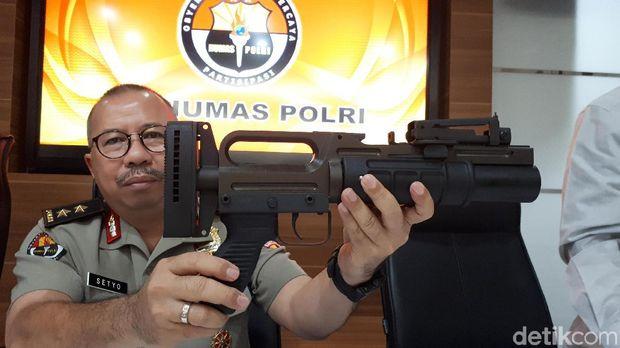 Senjata Stand-alone Grenade Launcher (SAGL) yang diimpor Polri.