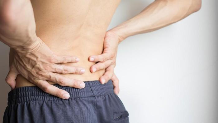 Ada perbedaan rasa sakit karena saraf kejepit dan nyeri punggung biasa. Foto: Thinkstock