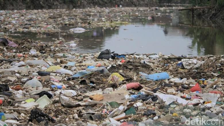Sampah Kiriman Berdampak Banjir di Kabupaten Bandung