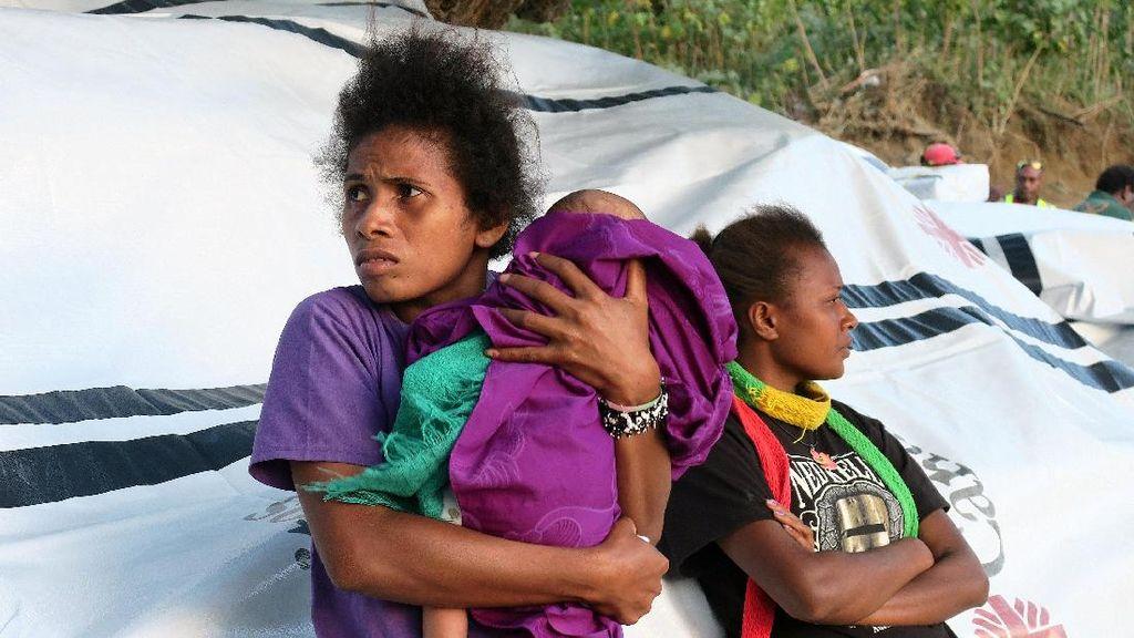Gunung Manaro Voui Meletus, Warga Vanuatu Dievakuasi