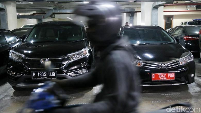Mobil Dinas yang Dikembalikan Anggota DPRD DKI Diusulkan Disewakan