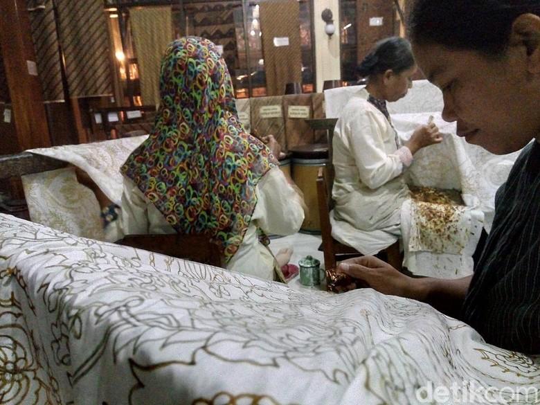 Susahnya Produk Batik Tradisional Jajaki Pasar Digital