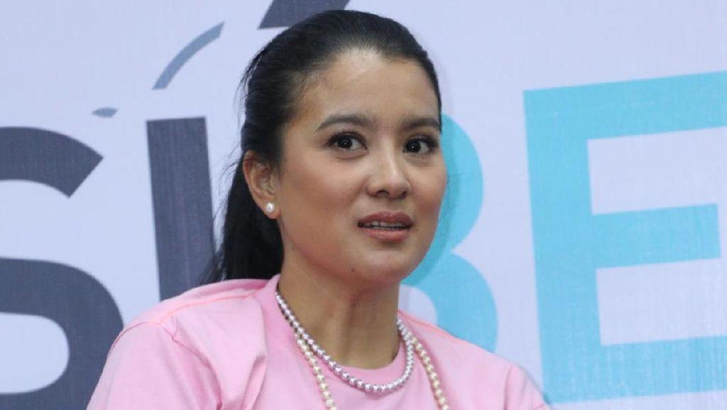Kepedulian Marcella Zalianty untuk Badak Sumatera