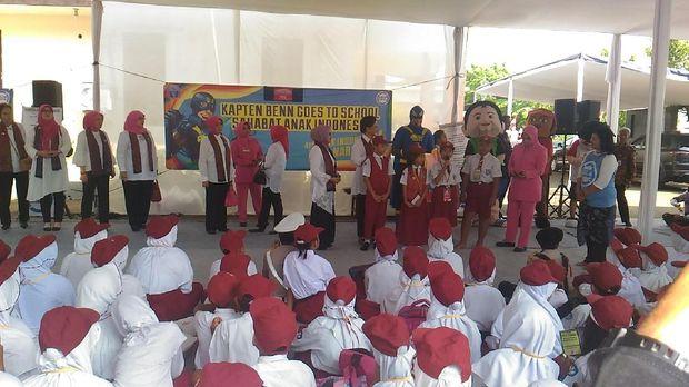 HKGB 65 Bhayangkari, Iriana Jokowi Hadiri Baksos di Bantar Gebang