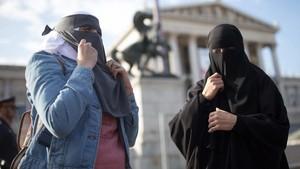 Austria Mulai Terapkan Larangan Burka dan Niqab di Tempat Umum