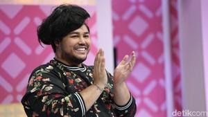 Ivan Gunawan Buktikan Prestasi Indonesia di Bidang Fashion