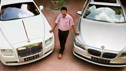 Babu, Si Tukang Cukur yang Punya 378 Mobil, Rolls-Royce dll