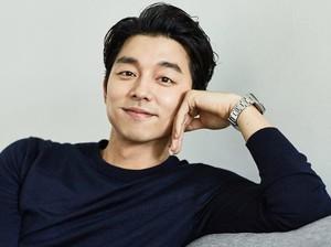 Gaya Rambut Berantakan Gong Yoo, <i>Yay or Nay</i>?